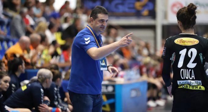 Conducerea SCM nu este de acord ca Florin Pera să antreneze în paralel şi naţionala