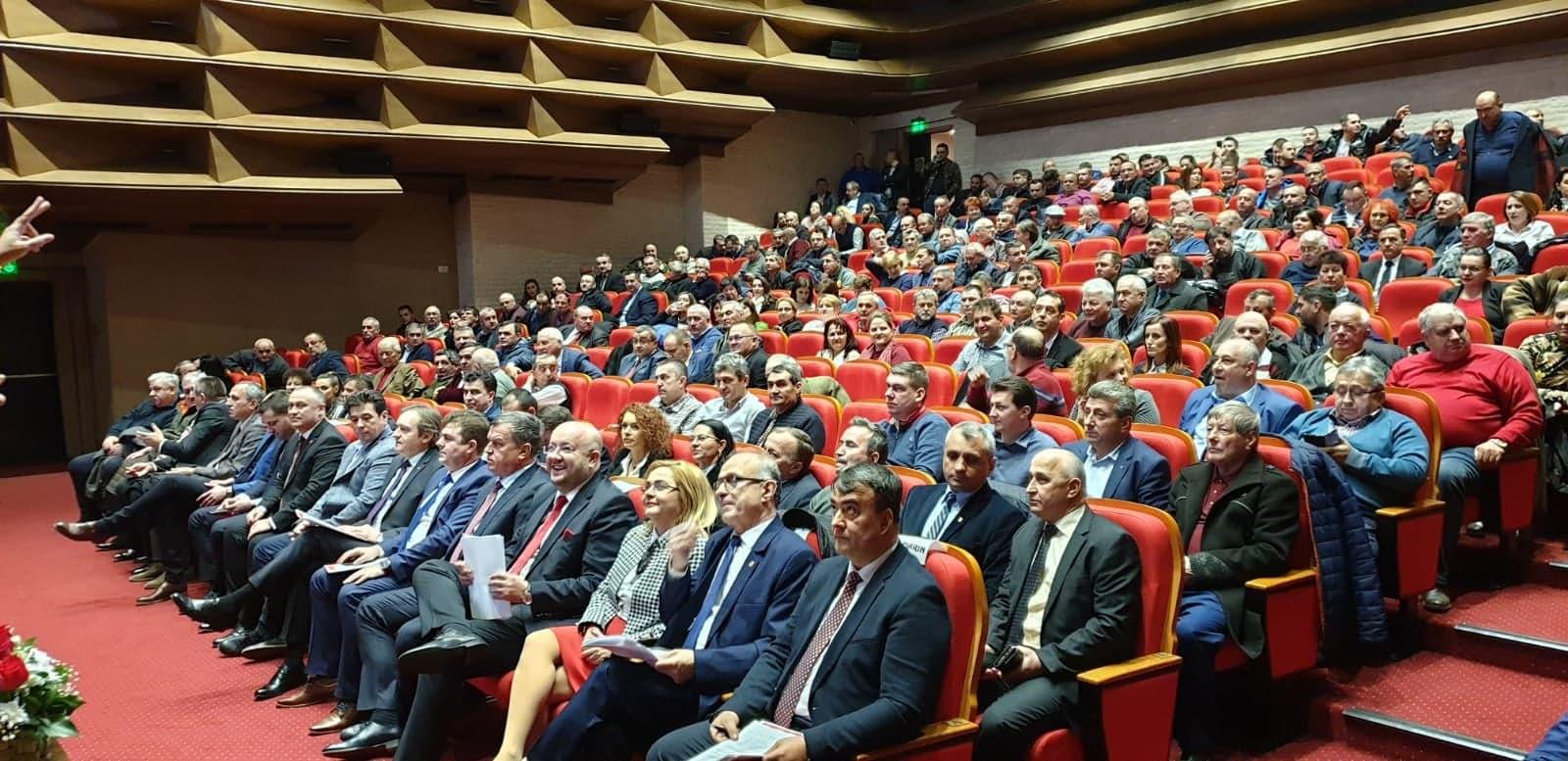 Constantin Rădulescu, reales preşedinte al PSD cu 100% din voturile membrilor de partid