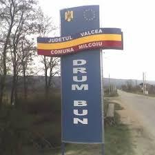 Daniel Muşat a primit fonduri de la Guvern pentru reluarea lucrărilor de asfaltare a drumurilor din Milcoiu