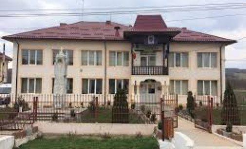 Consilierii locali din Tetoiu au dublat taxele și impozitele pentru anul 2020