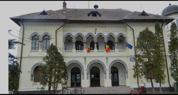 La Călimăneşti, toate  persoanele cazate la Liceul de Turism au ieșit din carantină