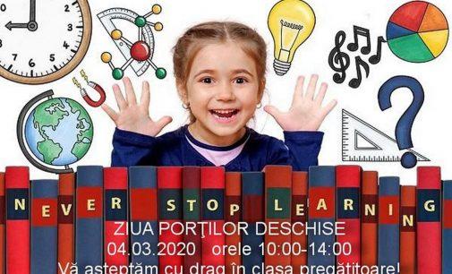"""Ziua porţilor deschise la Liceul de Arte """"Victor Giuleanu"""""""