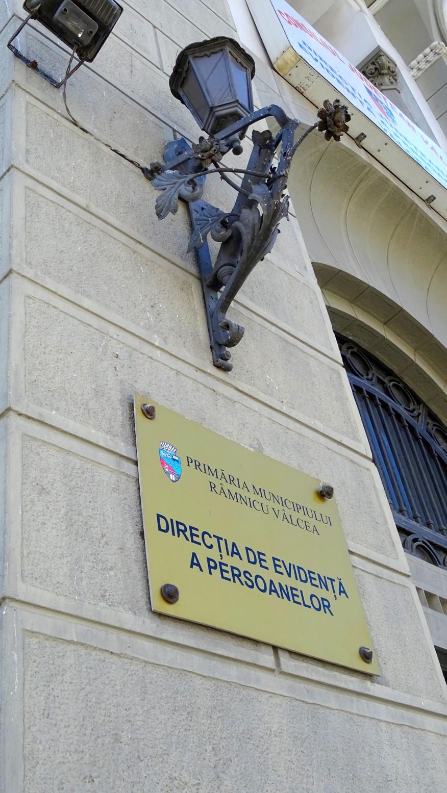 Modificări şi în programul de lucru cu publicul al Direcţiei de Evidenţă a Persoanelor Râmnicu Vâlcea