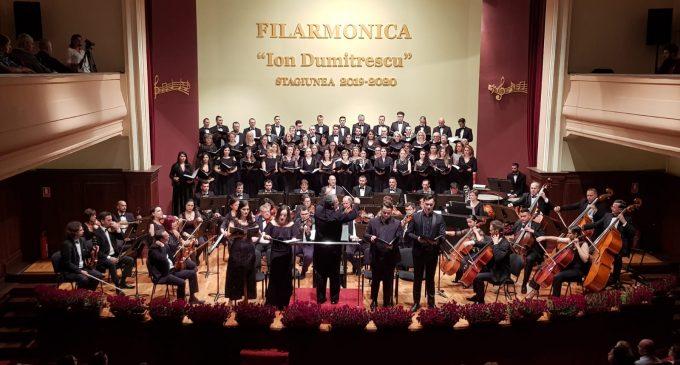 """Filarmonica """"Ion Dumitrescu"""" nu renunţă la concertele de luni! Melomanii vâlceni sunt aştepteptaţi în on-line pentru a se bucura de momente muzicale de excepţie"""