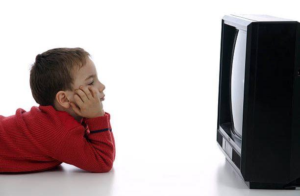 Cursuri televizate sau online pentru toţi elevii