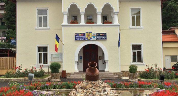 Şcolile din oraşul Băile Olăneşti, pregătite pentru începerea noului an şcolar