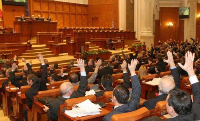 Nu mai merg sinecurile și posturile de parlamentari plătite