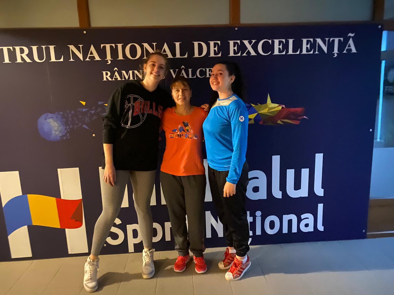 Sara Rus şi Claudia Datcu au încheiat ciclul la Centrul de Excelenţă
