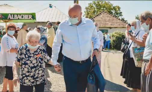 Consiliul Judeţean Vâlcea accesează un nou proiect cu fonduri europene pentru protecţia socială