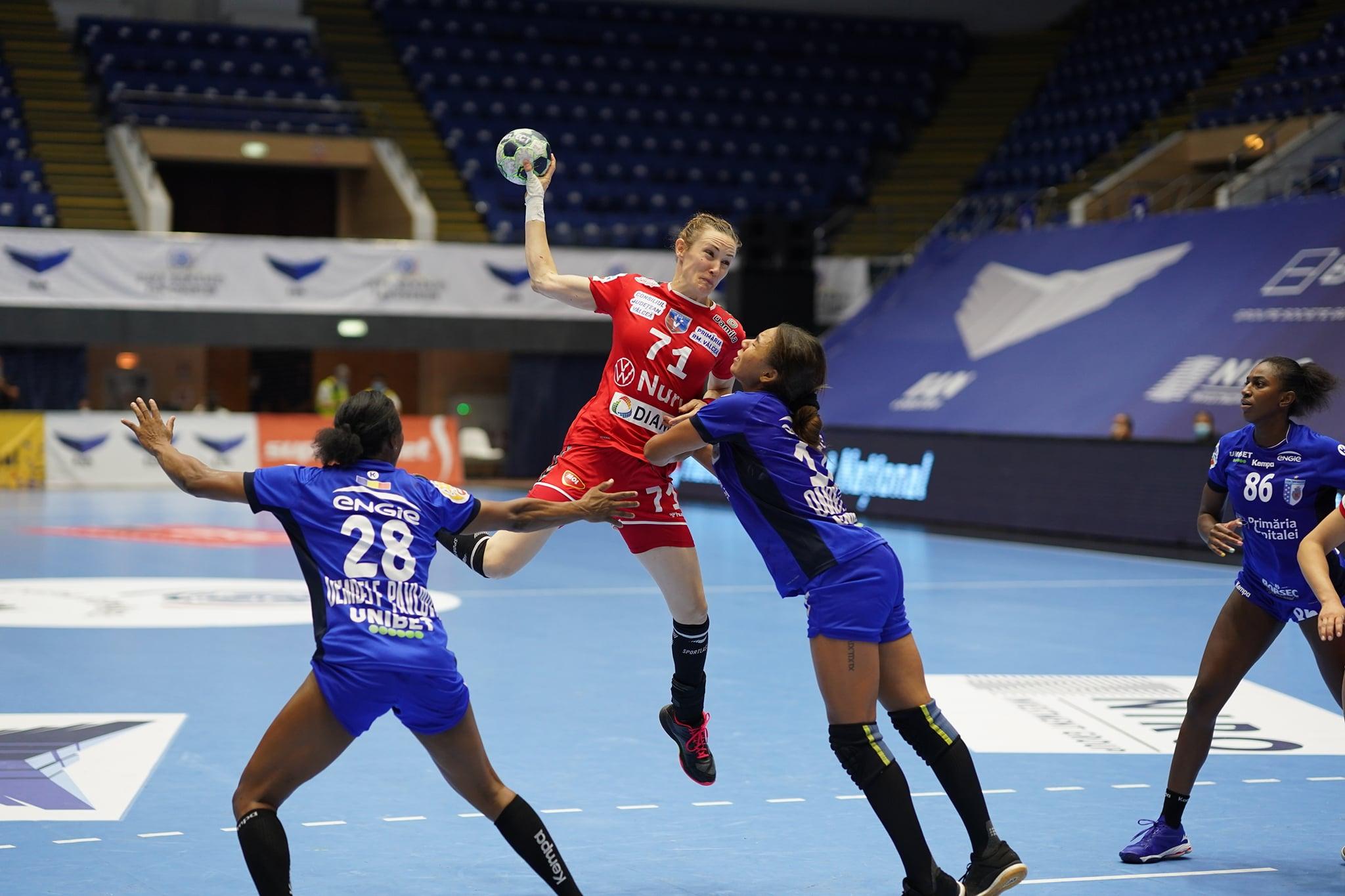 Vâlcea – CSM București, duel în premieră în optimile Ligii Campionilor