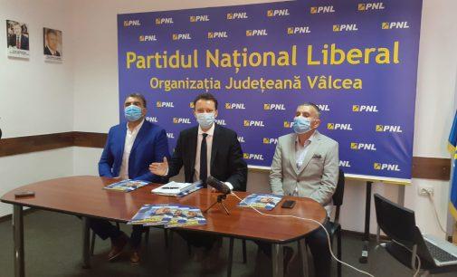 Conferinţa de presa a PNL Vâlcea la final de campanie electorală