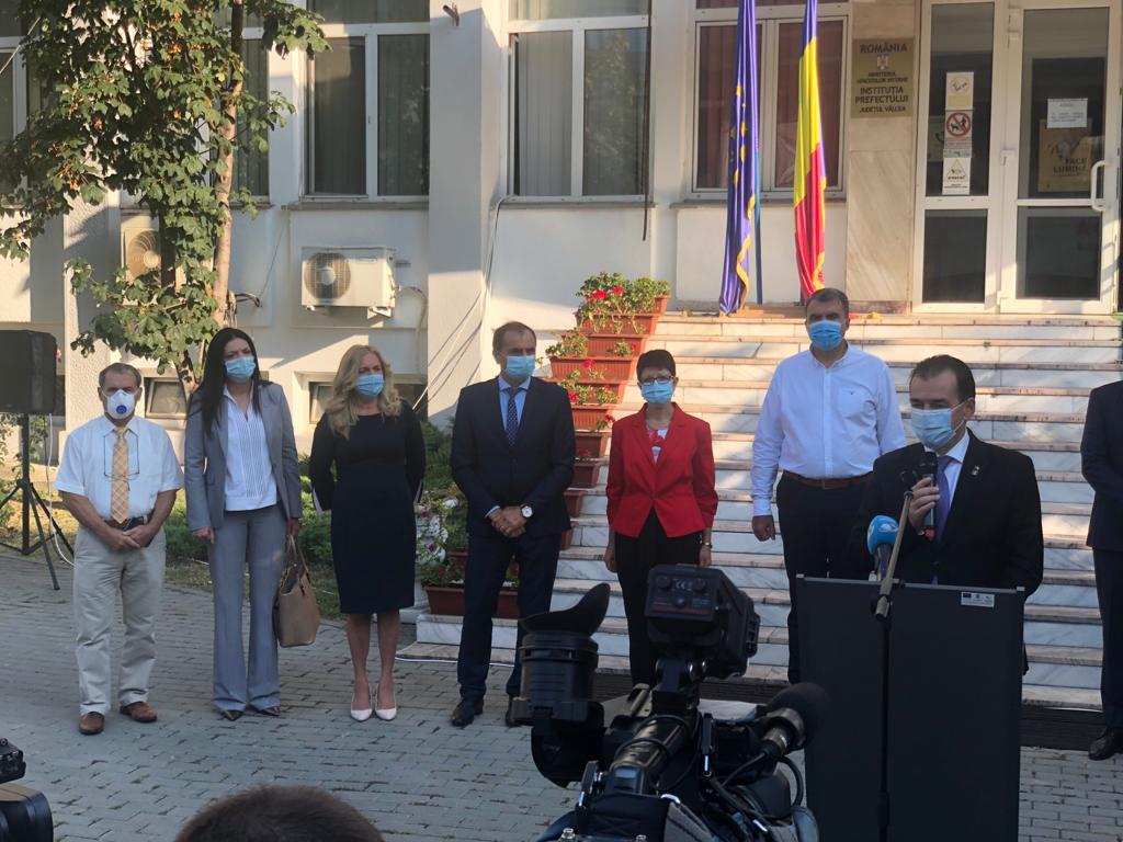 Premierul Ludovic Orban a efectuat sâmbătă o vizită în judeţul Vâlcea