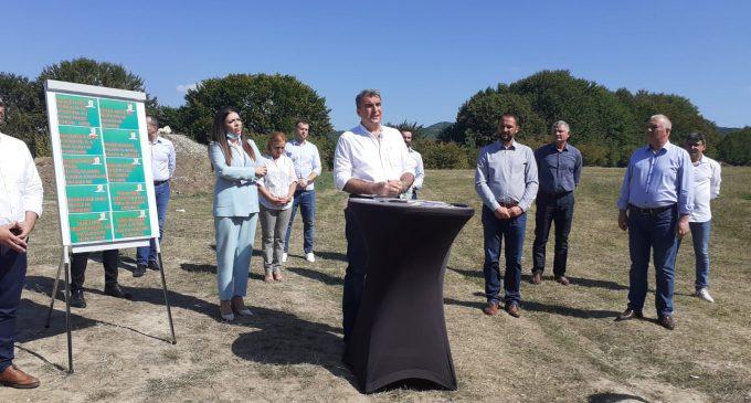 """Virgil Pîrvulescu şi-a lansat programul pentru Râmnic:""""Deschidem oraşul"""""""