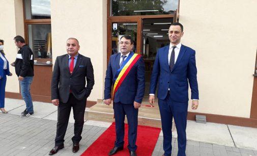 Gheorghe Gîngu a depus jurământul pentru al doilea mandat de primar al localităţii Bujoreni