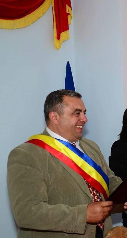 La Milcoiu,bani din bugetul local se alocă pentru reabilitarea iluminatului public