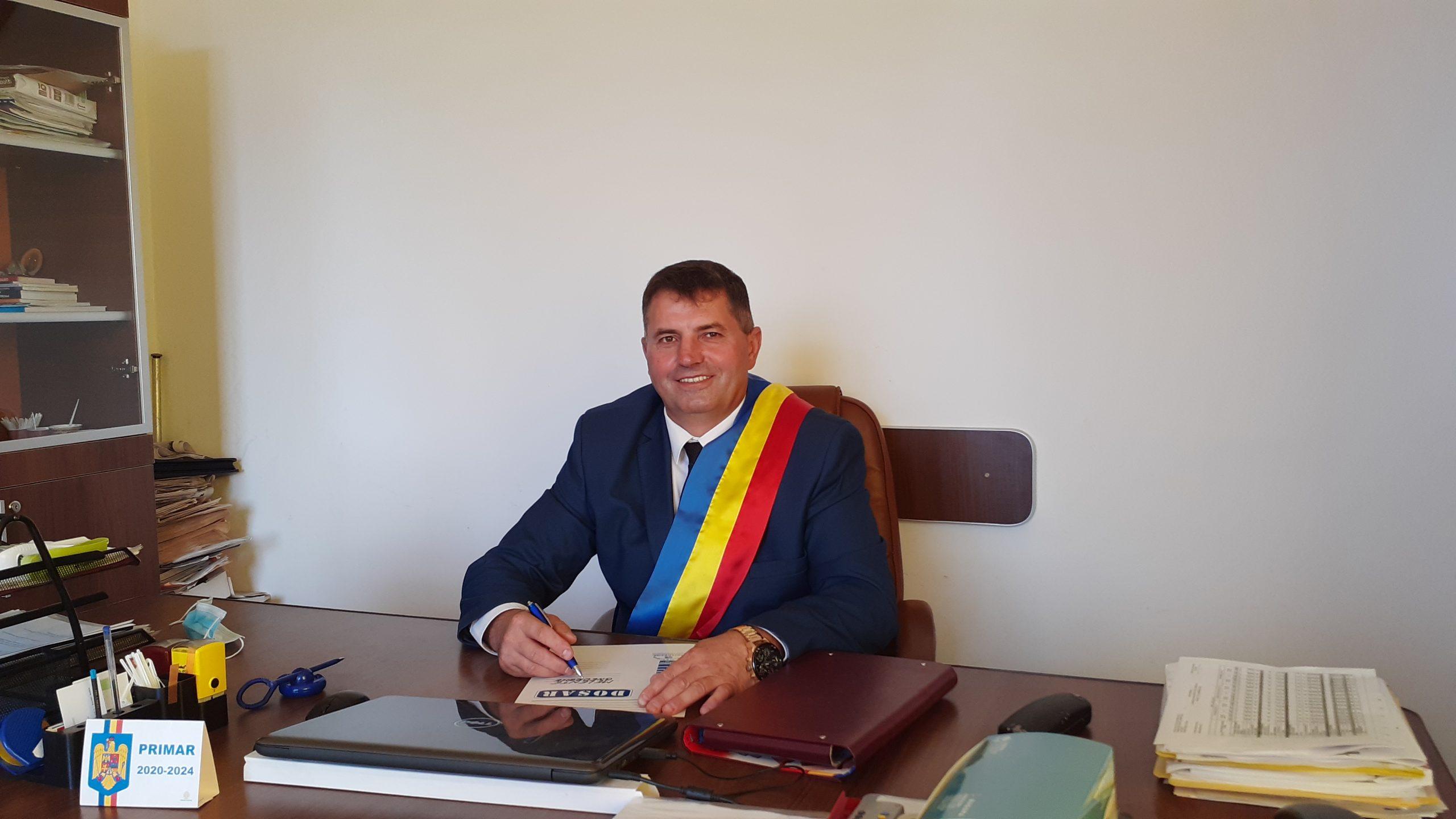 Comuna Drăgoeşti, dezvoltare făcută temeinic. Planurile pentru următorul mandat ale primarului Gheorghe Melente