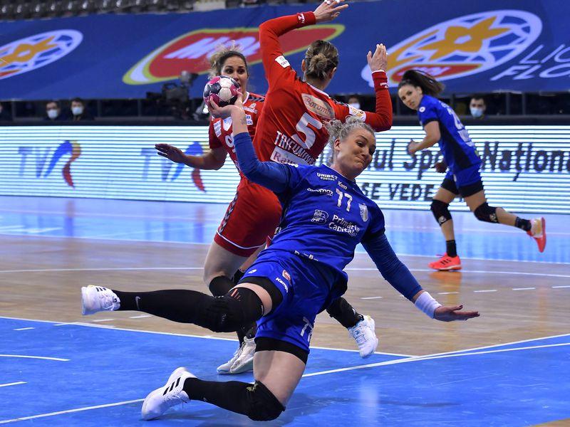 Vâlcea pierde derby-ul cu CSM București