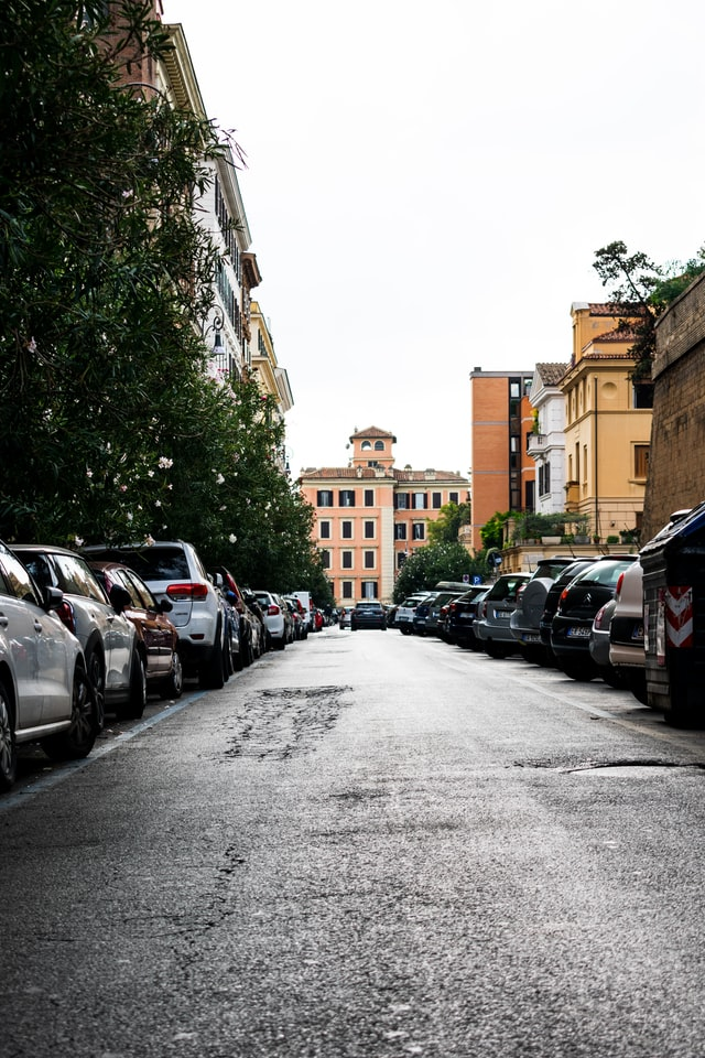 Soluția pentru parcările aglomerate din orașul Râmnicu Vâlcea