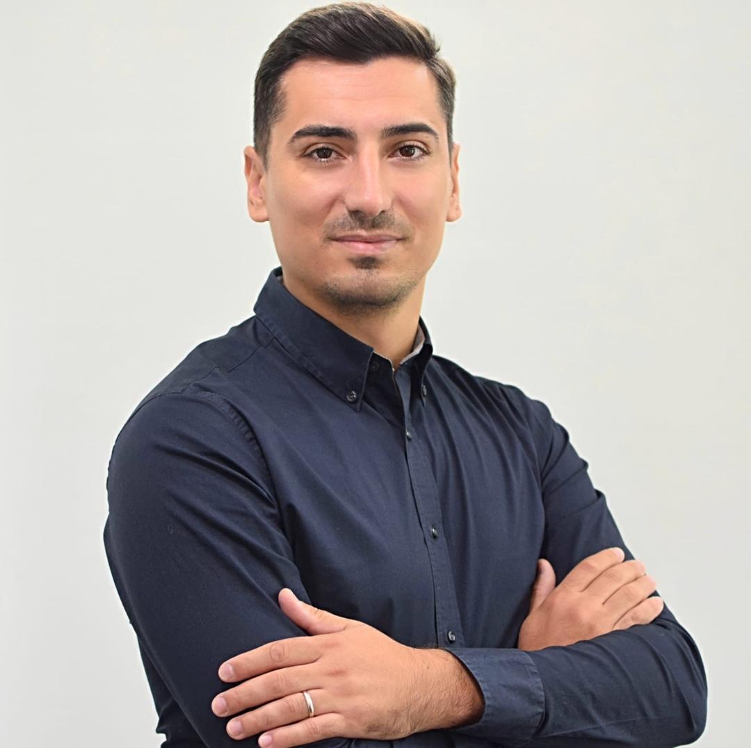"""Cătălin STĂNICĂ: """"În loc să fie un partid politic, USR Vâlcea este mai mult o întreprindere familială"""""""