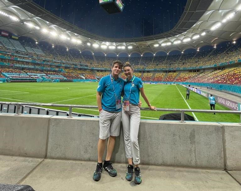 Doi voluntari din Râmnic, prezenţi la Euro 2020