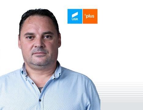 """Romeo Odochian despre demisia miniștrilor USR PLUS și """"Alianța pentru Râmnic"""""""