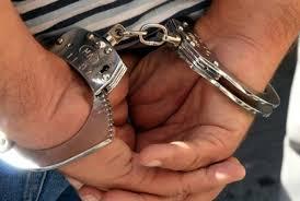 Funcţionarii publici arestaţi îşi vor pierde serviciul