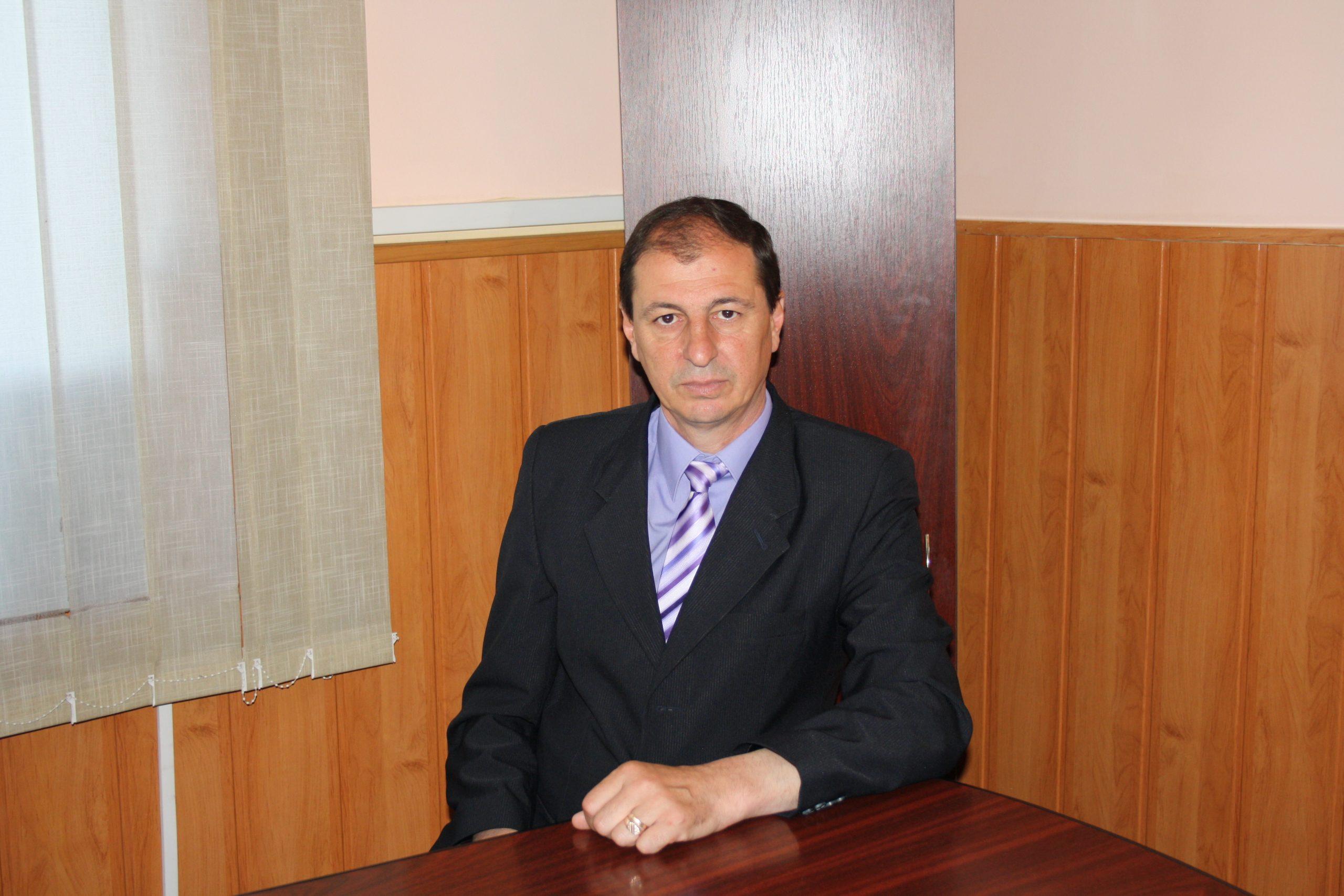 """Viorel Radi: """"Succesul în administraţie este determinat de munca în echipă"""""""