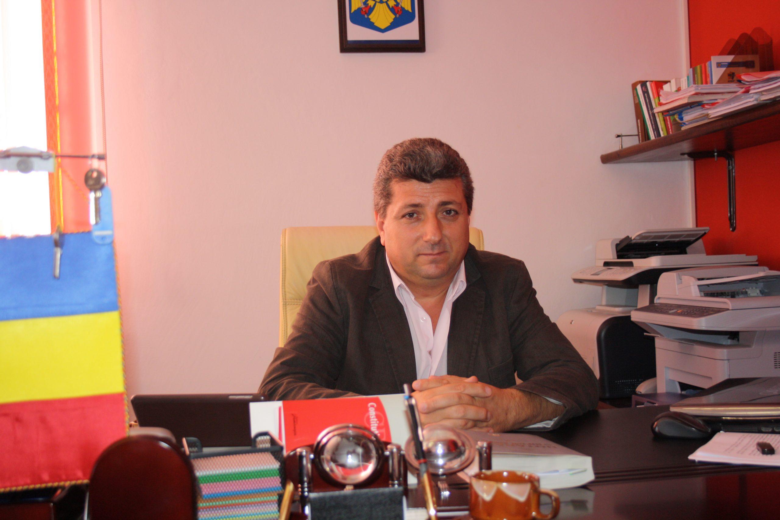 """Nicolae Concioiu: """"La Guşoeni, soarele este cel mai aproape de pământ"""""""