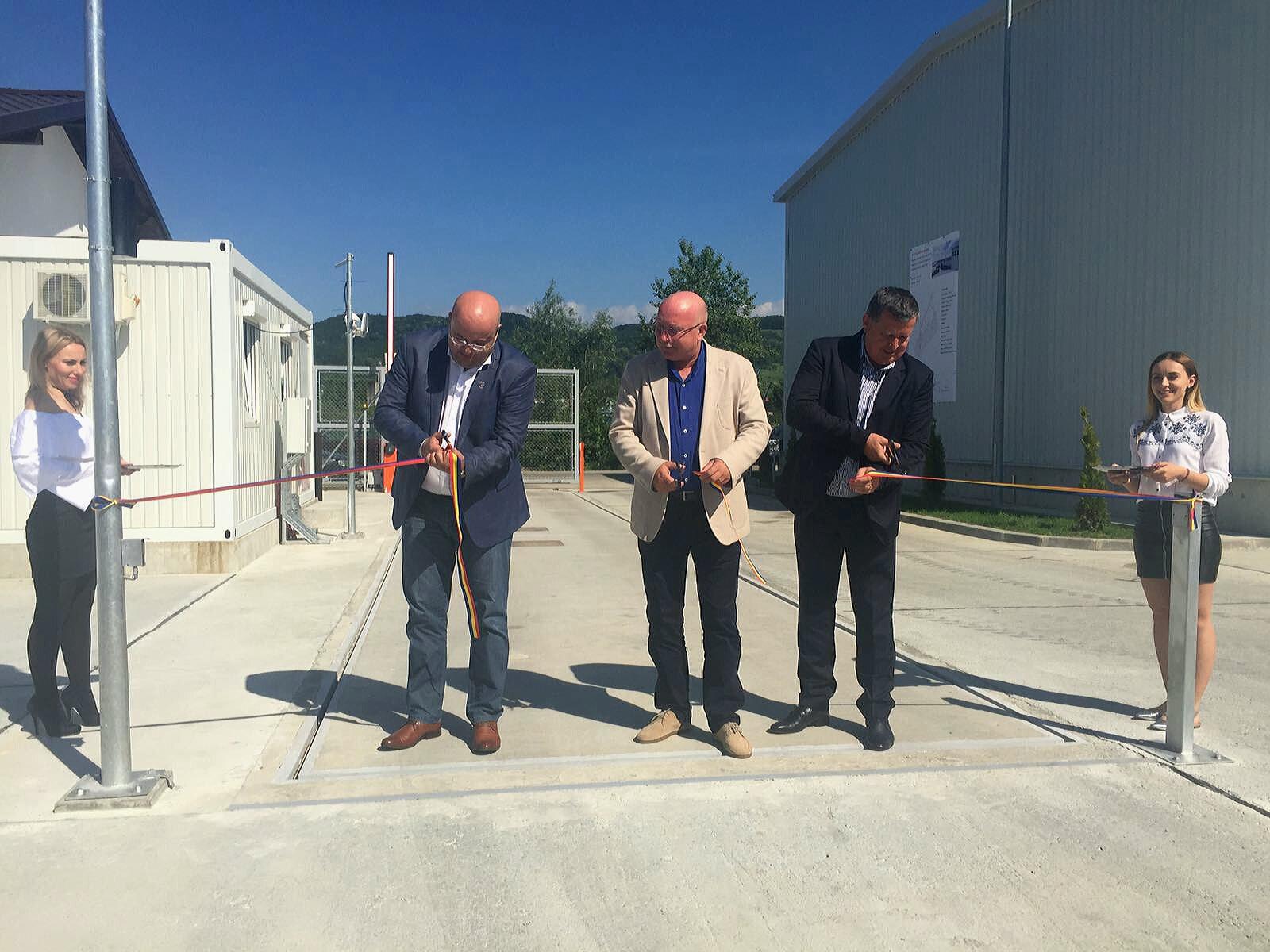 S-au inaugurat Staţiile de sortare de la Brezoi şi Râureni