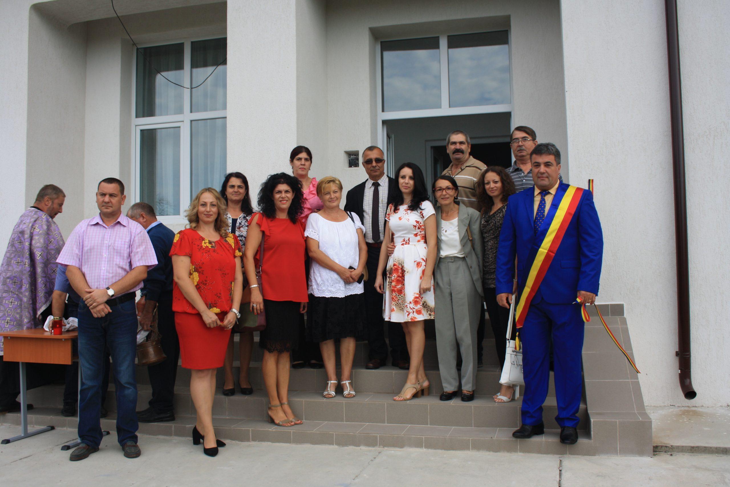 La Lungeşti, elevii Şcolii Generale Fumureni vor învăţa într-o instituţie şcolară modernă
