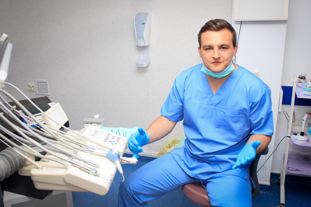 Fostul portar Alin Udeanu a plonjat la implanturi dentare!