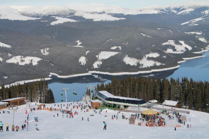 BREAKING NEWS: Se deschide pârtia de schi de la Voineasa