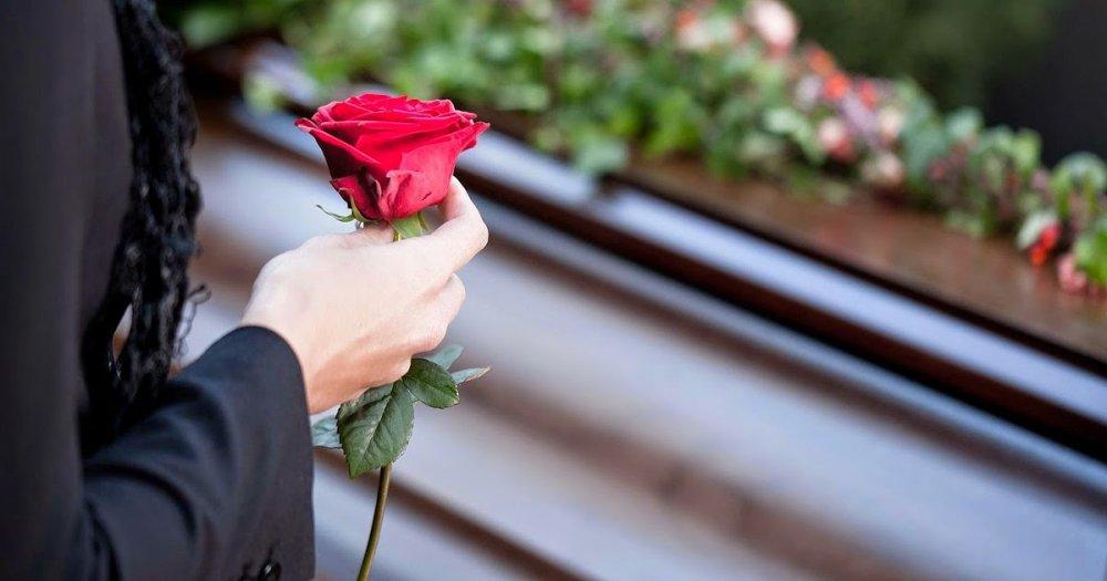 Pachetul de funerarii potrivit – sfaturi direct de la experți