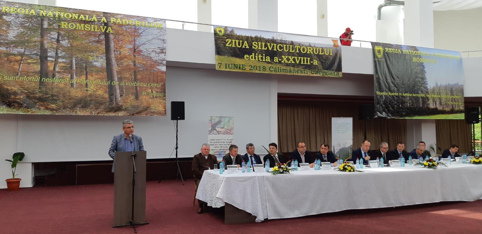 """Ministrul Ioan Deneş, la Călimănești, de Ziua Silvicultorului: """"Mi-aș dori ca și biroul meu să fie adâncul pădurii, să nu mai aud """"trilul"""" telefoanelor, ci cântul păsărilor"""""""