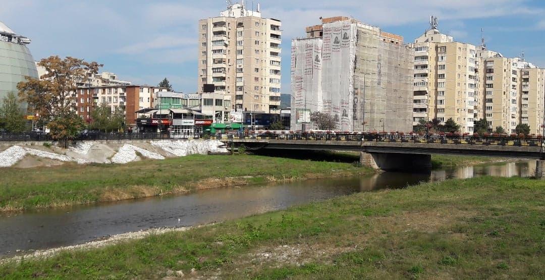 Albia râului Olăneşti, aproape imposibil de modernizat. Gutău caută soluţii în afara ţării