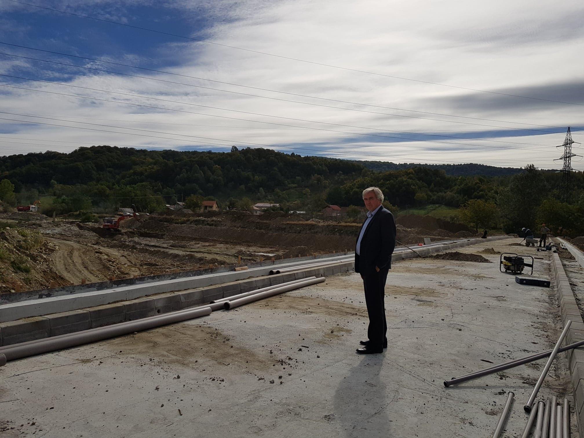 Proiecte noi, cu fonduri europene, pentru comunitatea din Sălătrucel