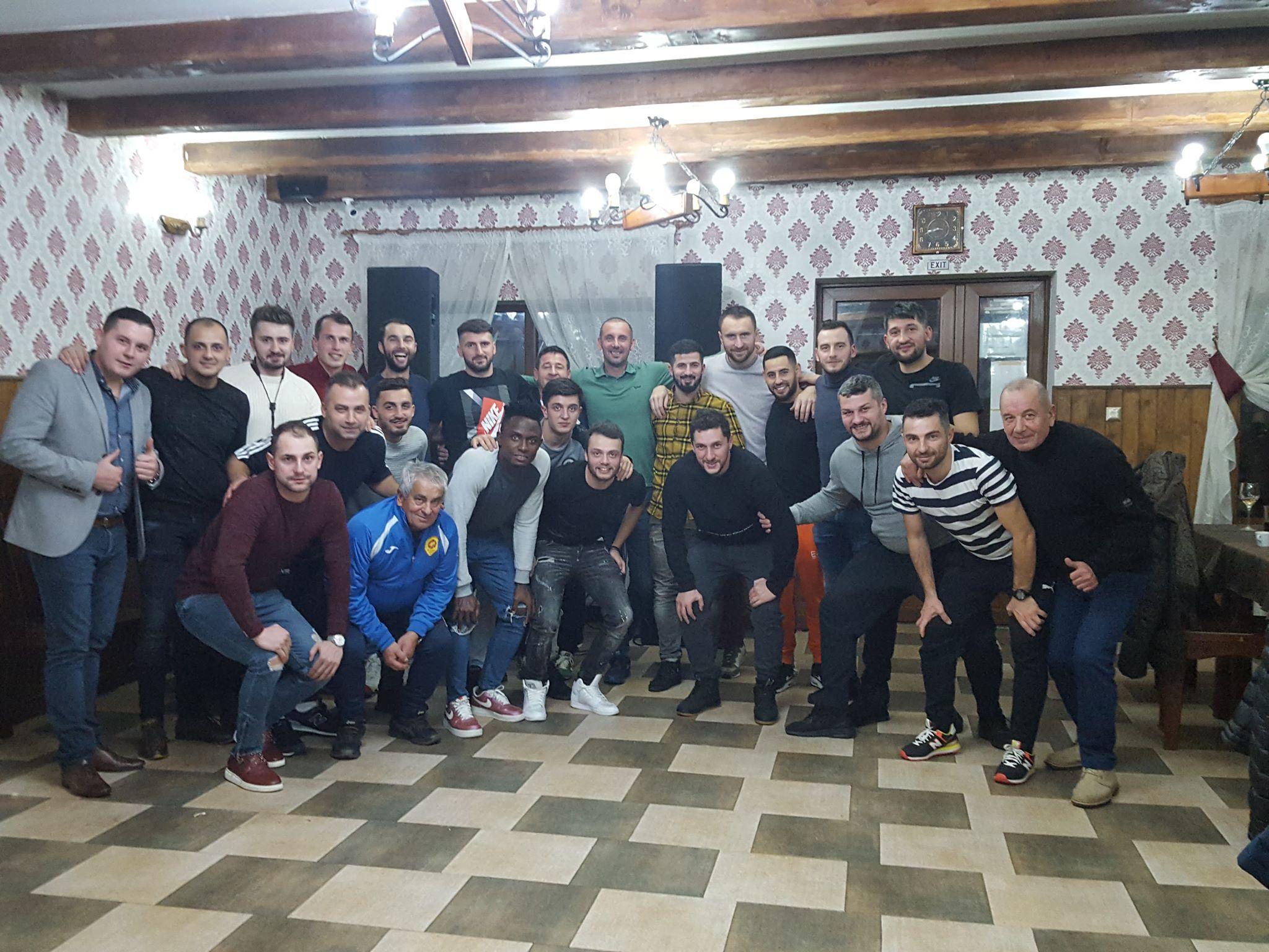 Vâlcenii au câştigat Cupa Crăciunului de la Horezu