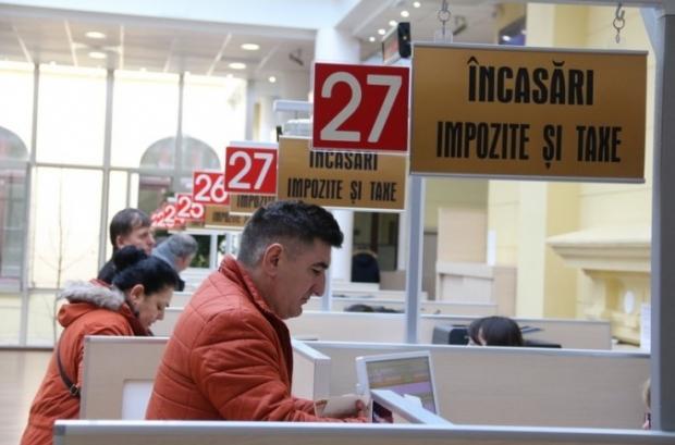 În Râmnic, taxele şi impozitele locale se pot plăti în cinci puncte de încasare