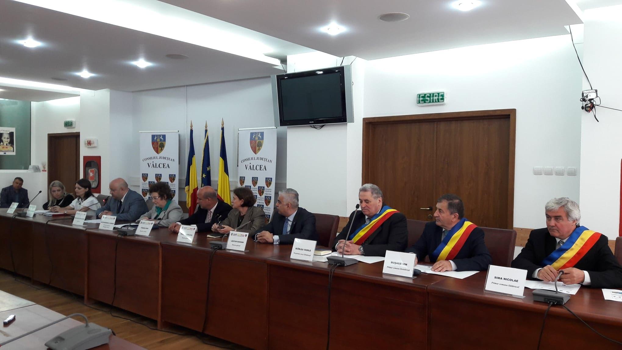 Administrația locală din Sălătrucel a inaugurat prima investiție pe fonduri europene din acest mandat: podul peste pârâul Coiscă