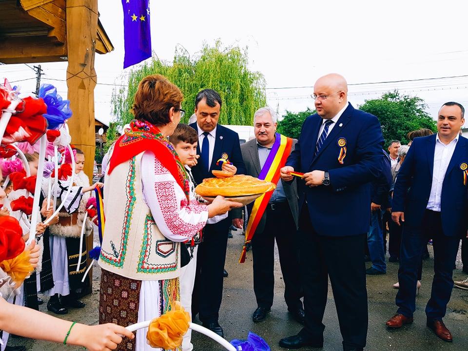 Oraşul Horezu continuă seria înfrăţirilor. După oraşele Cernăuţi şi Hotin din Ucraina, urmează Clervaux din Luxemburg
