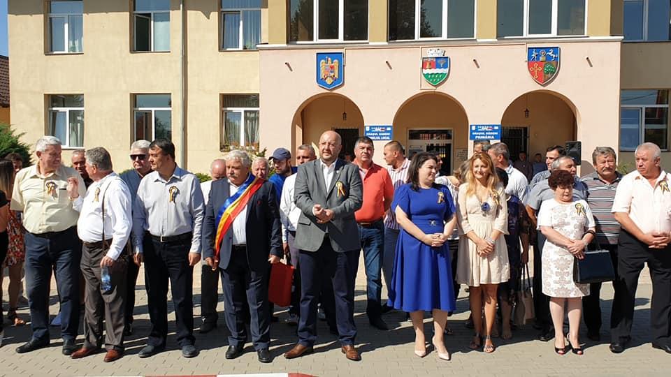 """De 48 de ani,  Festivalul """"La Izvorul Dorului"""" îmbrăcă straie de sărbătoare la Băbeni"""