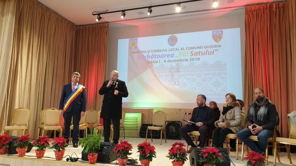De Sfântul Nicolae,  La Guşoeni a avut loc primul spectacol în noul cămin cultural