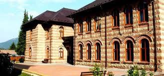 Brezoi, oraşul unde şcoala stă la loc de cinste
