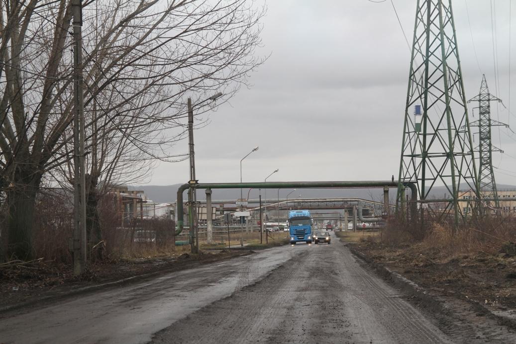 Se reabilitează Strada Industriilor