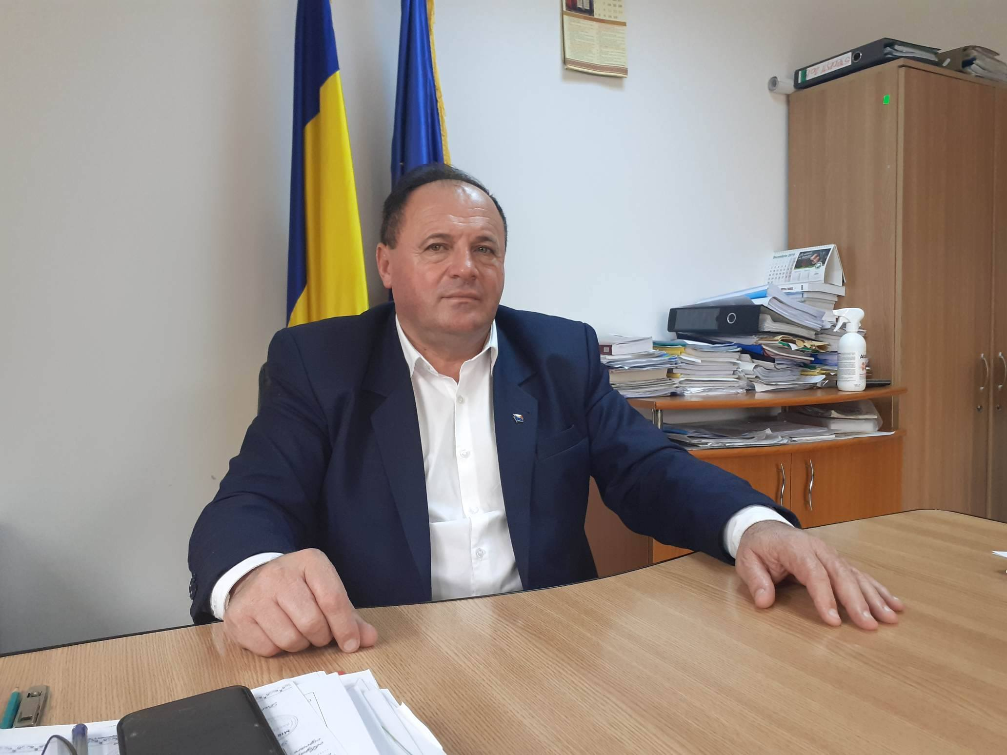 """Toma Ciolacu: """"A fi primar înseamnă a fi un bun administrator, un om care nu se înconjoară de oportunişti şi nu face politică la primărie"""""""