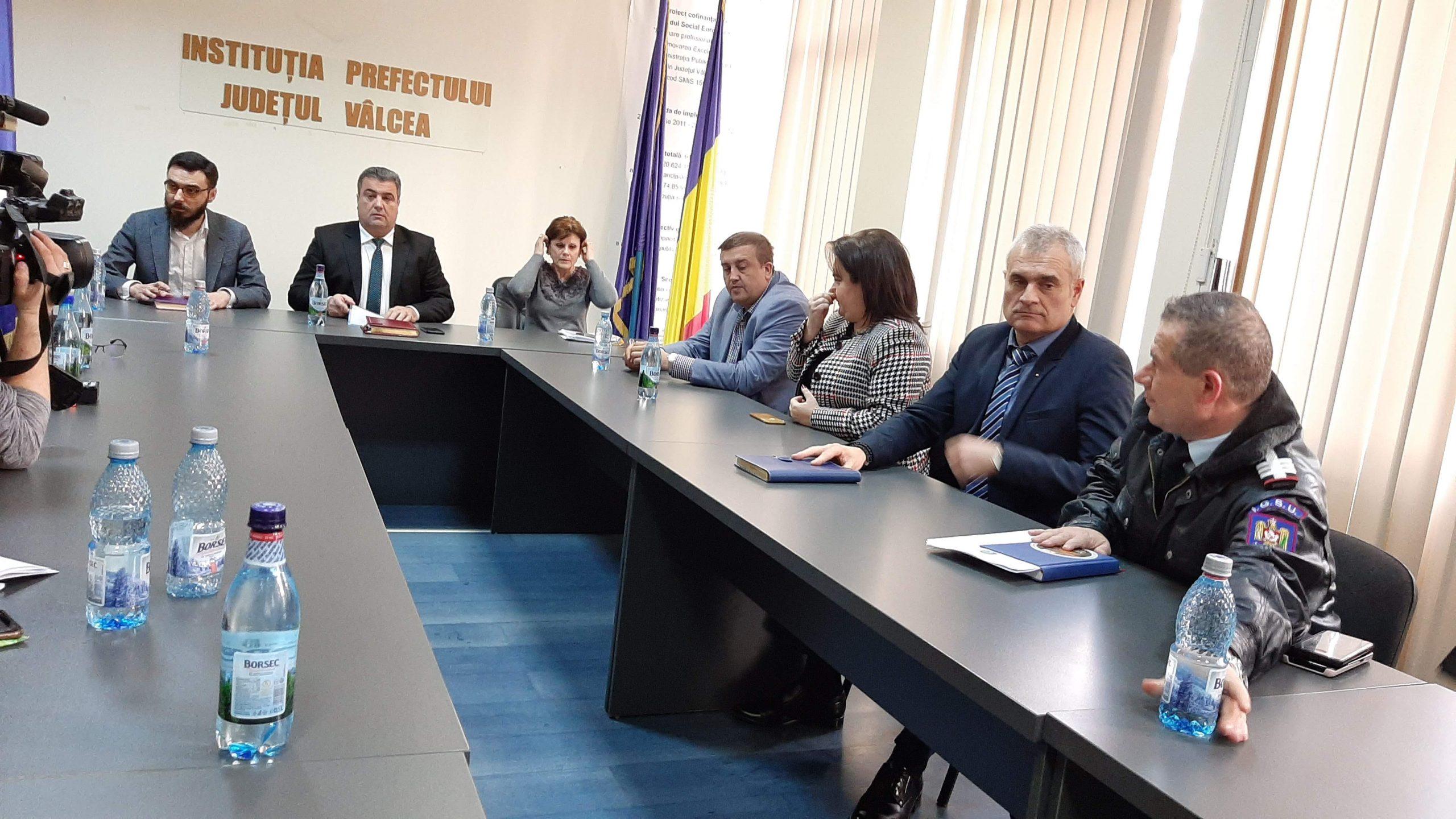 Inspectoratul Şcolar Vâlcea a anulat toate deplasările în străinătate, mai ales în Italia