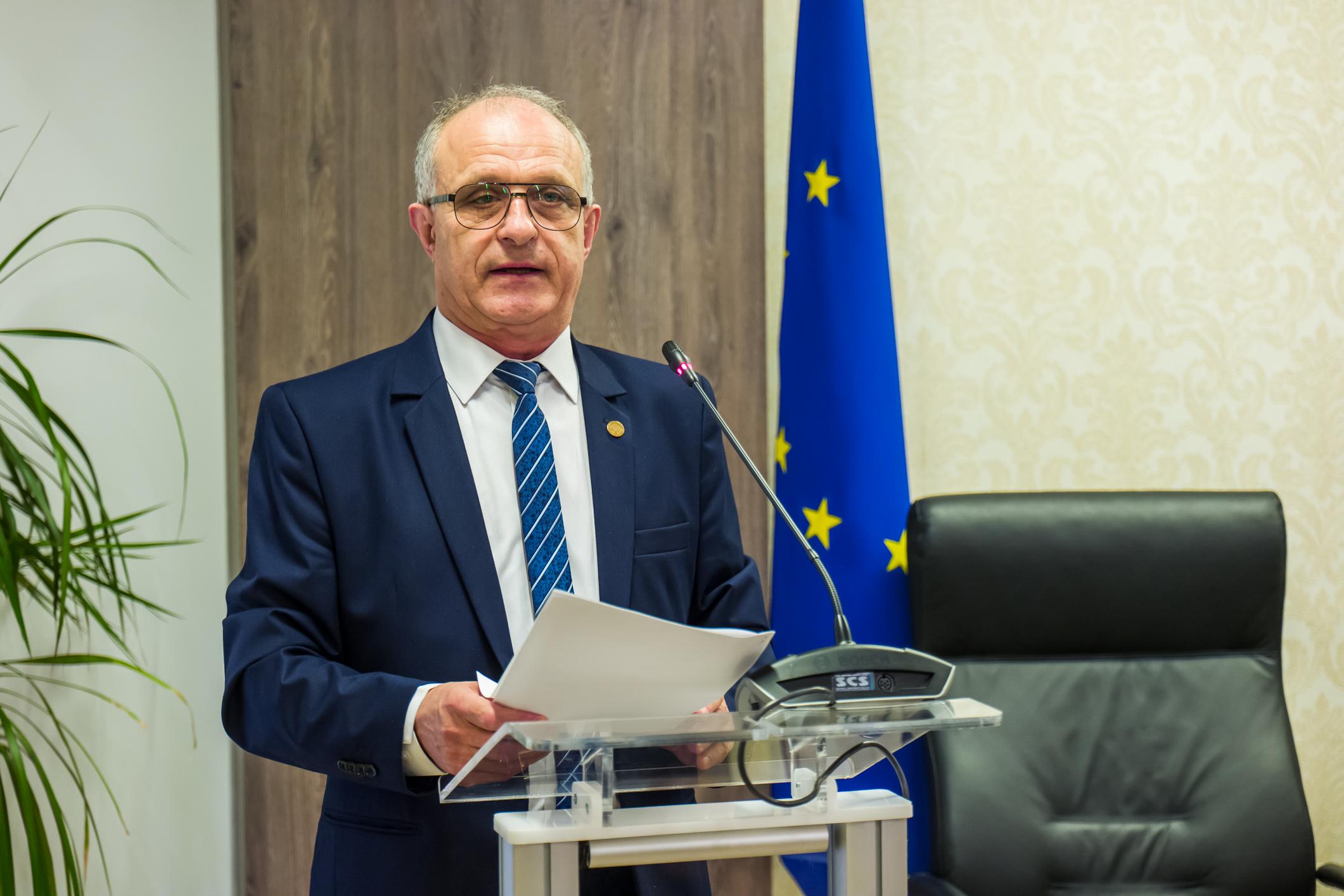 """Vasile Cocoș: """"Guvernul PNL  a scăpat de sub control situaţia"""""""