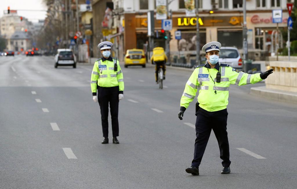 57 de permise reținute de polițiști în 6 zile