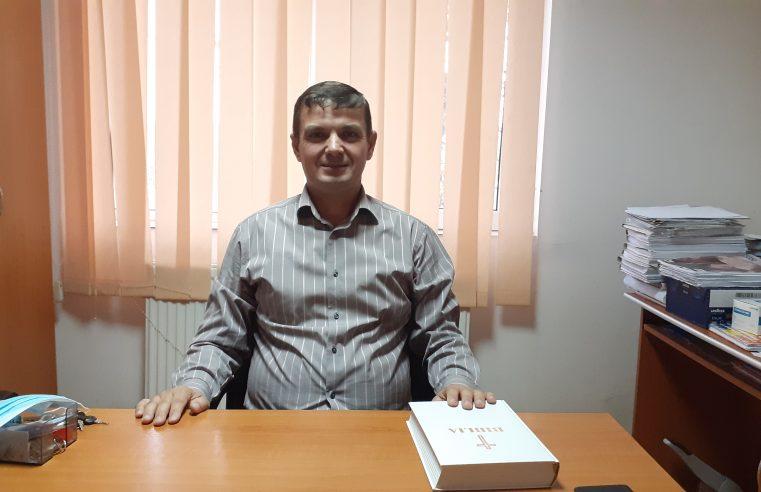 """Pastorul Dumitru Ciorâcă, primar al comunei Cernişoara: """"Domnul spune că va veni vremea când oamenii vor da socoteală înaintea lui Dumnezeu pentru faptele sau cuvintele pe care le-au rostit"""""""