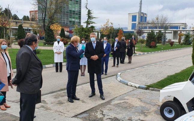Preşedintele Iohannis, în vizită la ICSI Rm. Vâlcea